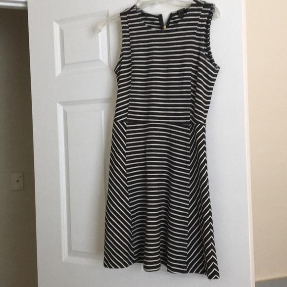 J. Crew Dresses & Skirts - J. Crew Sleeveless Dress